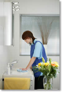 Kingsmaid has a bank of housekeeping operatives who are skilled at assisting in looking after your home